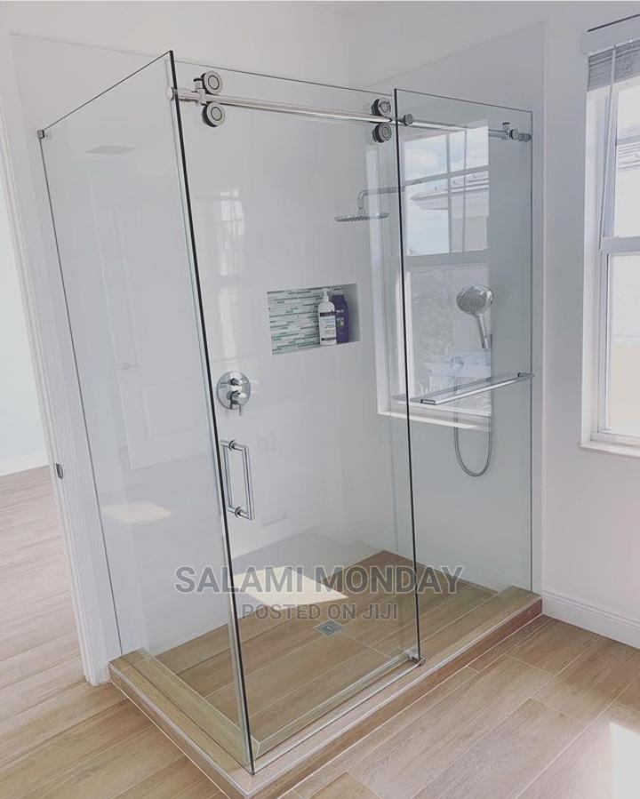 Archive: Sliding Toilet Shower Cubicle With 10mm Glass