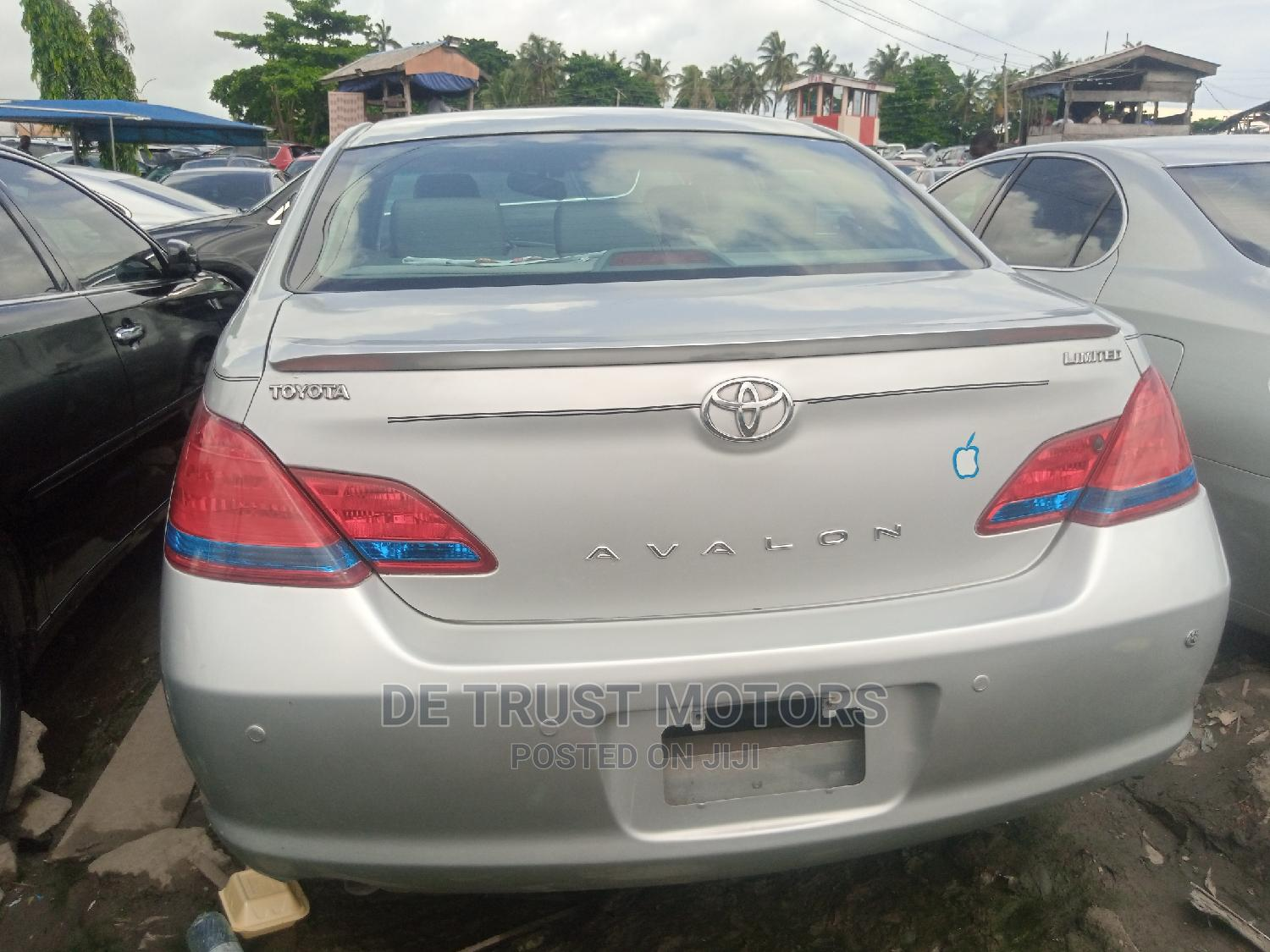 Toyota Avalon 2006 Limited Silver | Cars for sale in Apapa, Lagos State, Nigeria