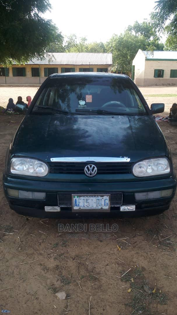 Archive: Volkswagen Golf 1994 Variant Green