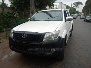 Toyota Hilux 2012 2.0 VVT-i White | Cars for sale in Lagos State, Ojodu