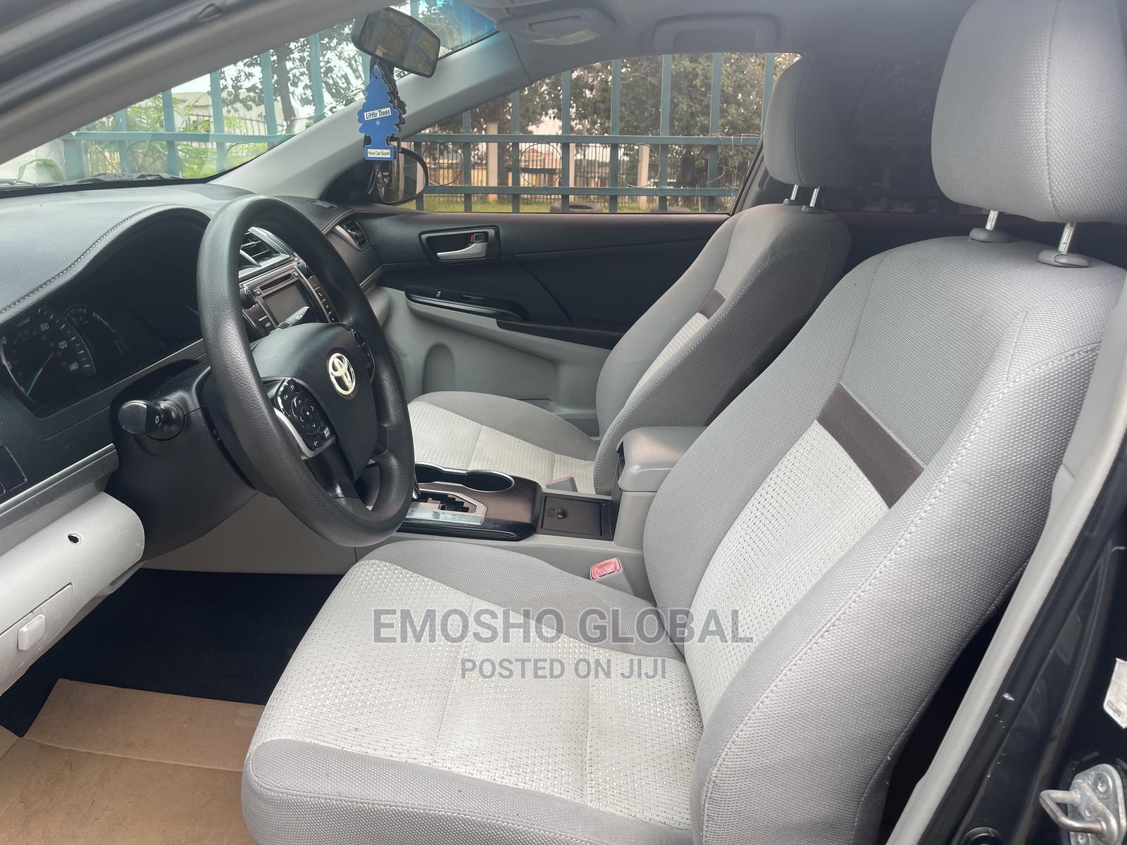 Toyota Camry 2012 Gray   Cars for sale in Garki 1, Abuja (FCT) State, Nigeria
