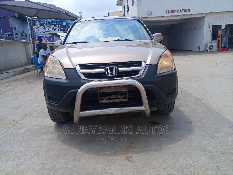 Archive: Honda CR-V 2004 Gold