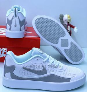 Nike Men's White Sneakers   Shoes for sale in Lagos State, Surulere