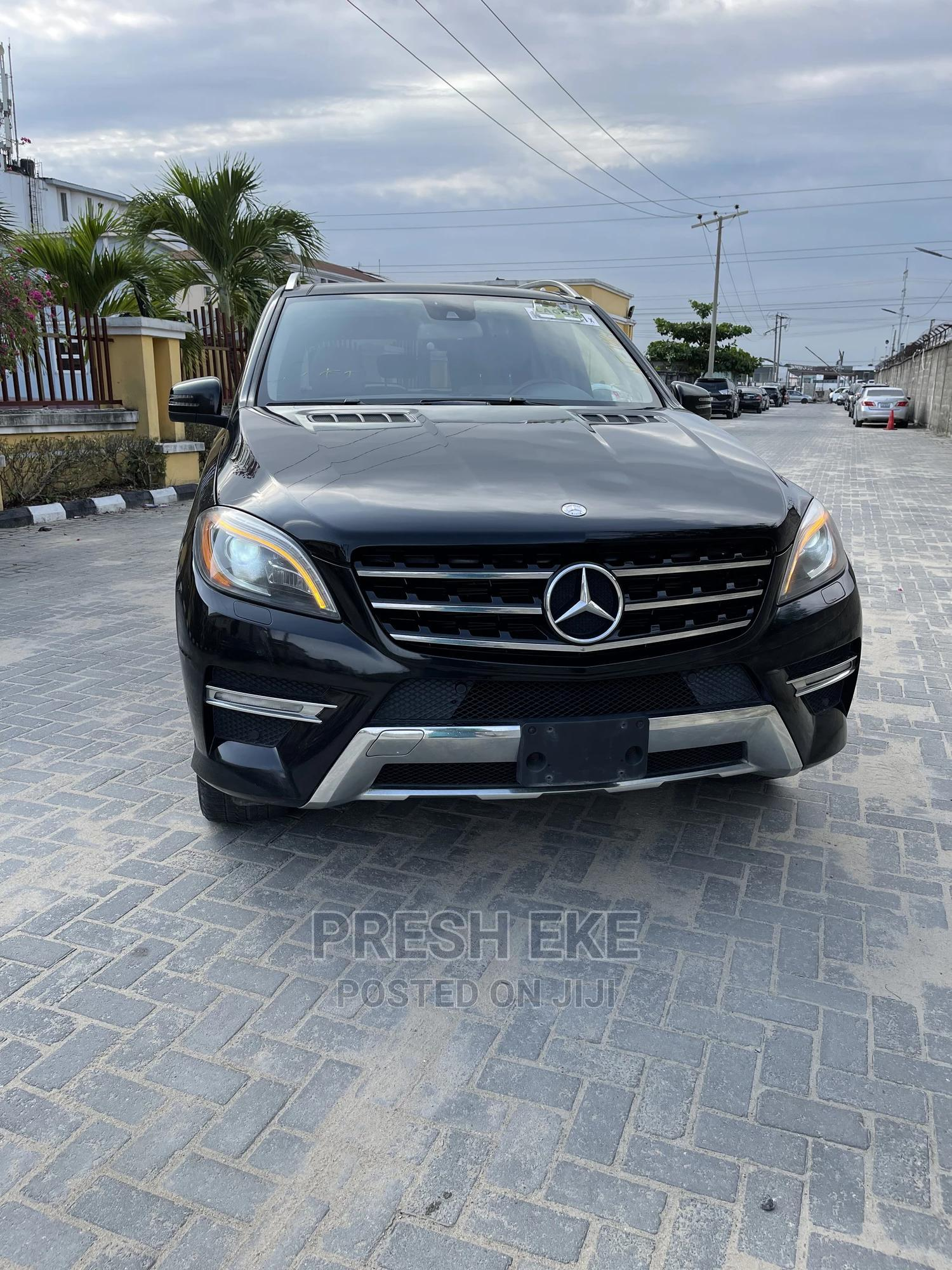 Archive: Mercedes-Benz M Class 2012 ML 550 4Matic Black