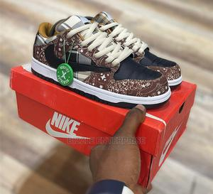 Nike Dunk Low X Circle Custom Sneakers | Shoes for sale in Lagos State, Ikoyi