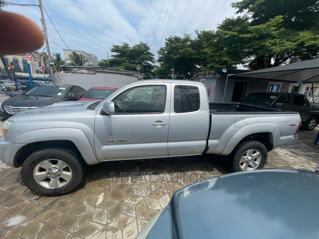 Toyota Tacoma 2006 Silver | Cars for sale in Ajah, Lagos State, Nigeria