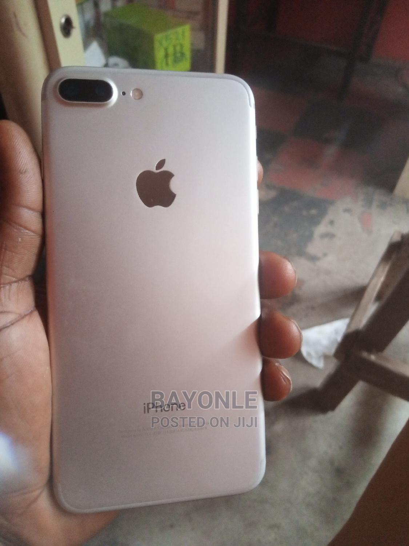 Archive: Apple iPhone 7 Plus 128 GB White