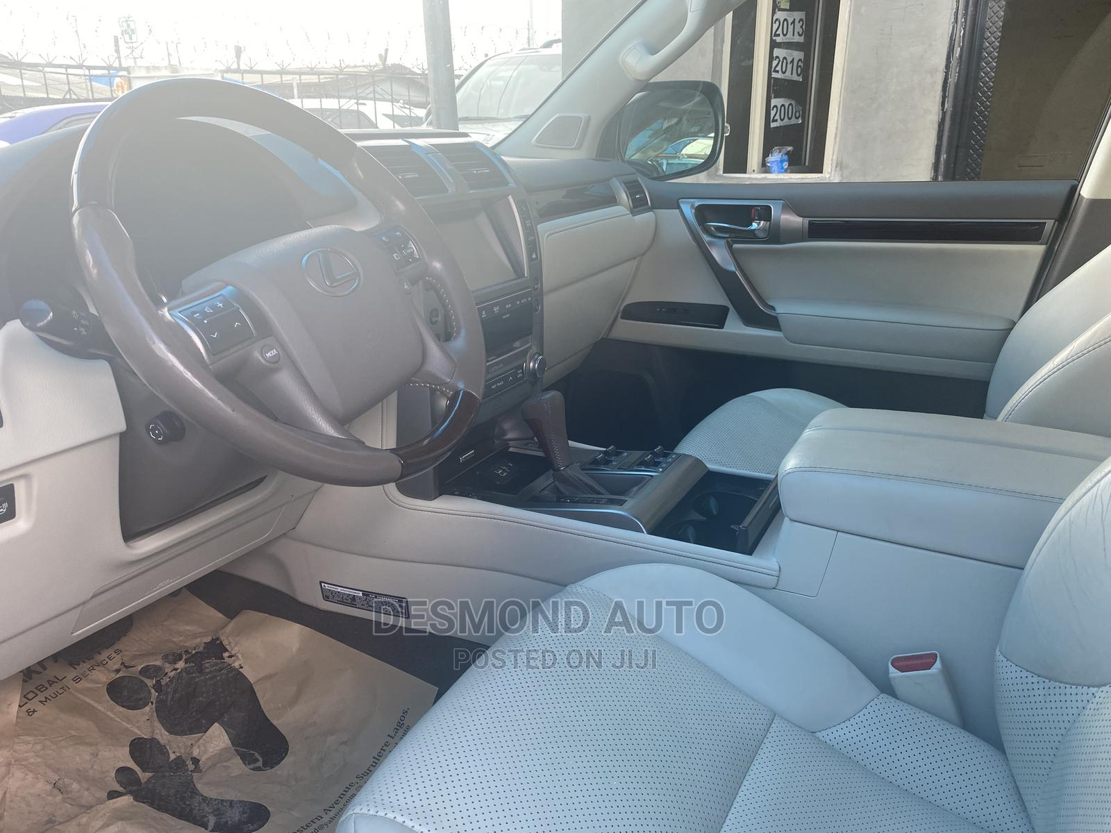 Lexus GX 2015 460 Luxury White   Cars for sale in Surulere, Lagos State, Nigeria