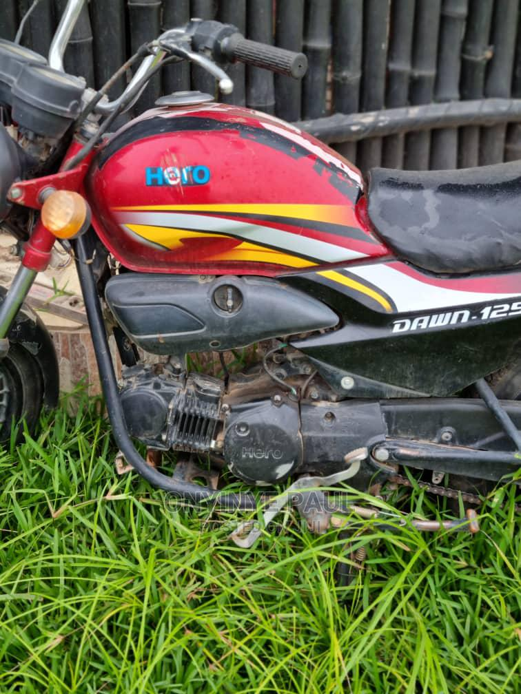 Archive: Hero Dawn 125 2014 Red