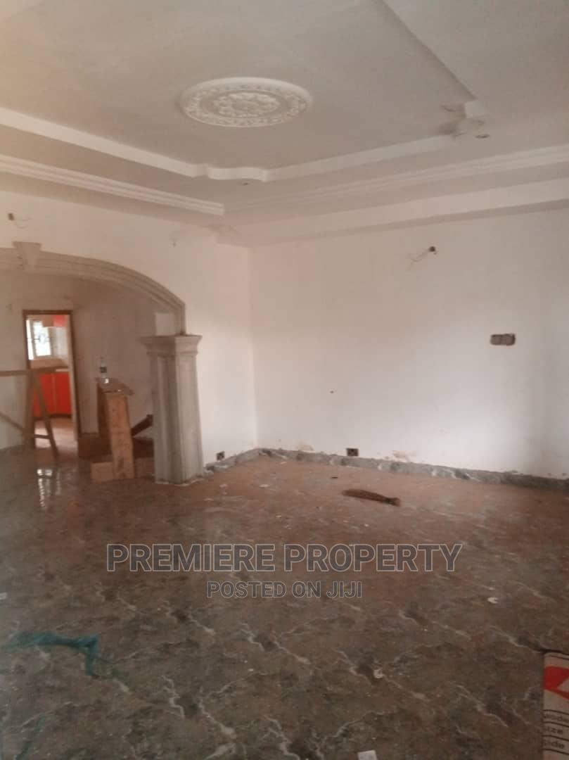 Archive: 3bdrm Block of Flats in Aerodrome Gra, Ibadan for Rent
