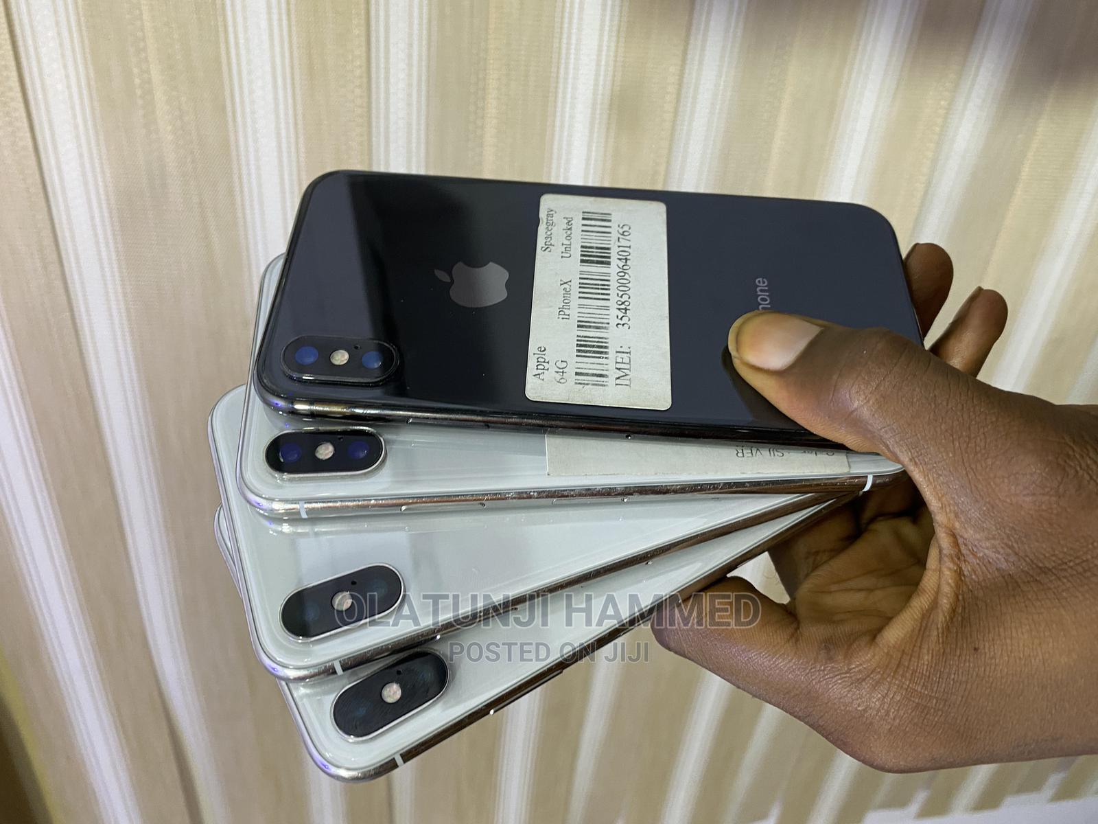 Apple iPhone X 64 GB Silver