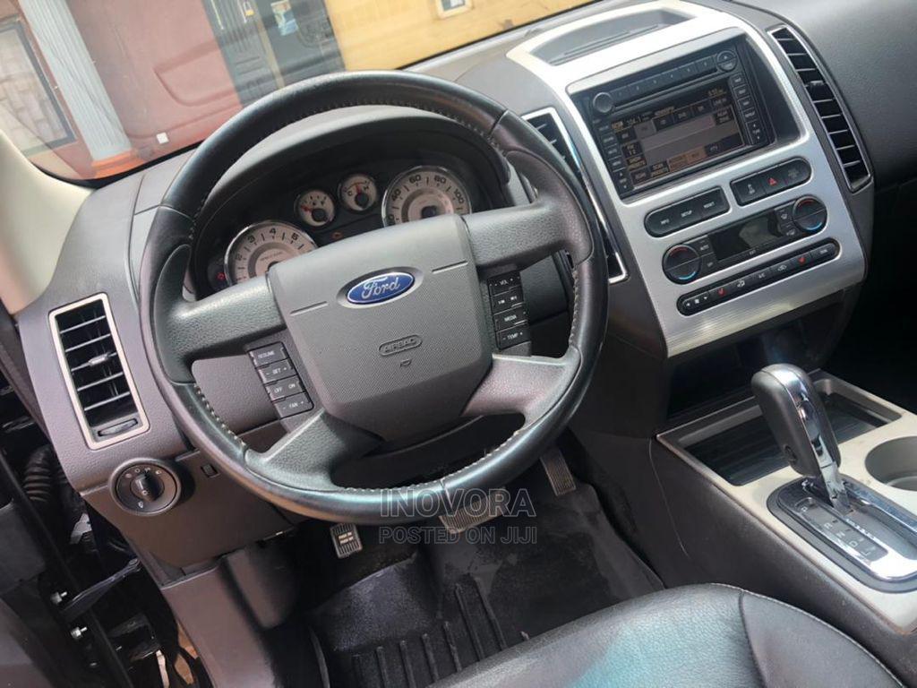 Archive: Ford Edge 2007 Black
