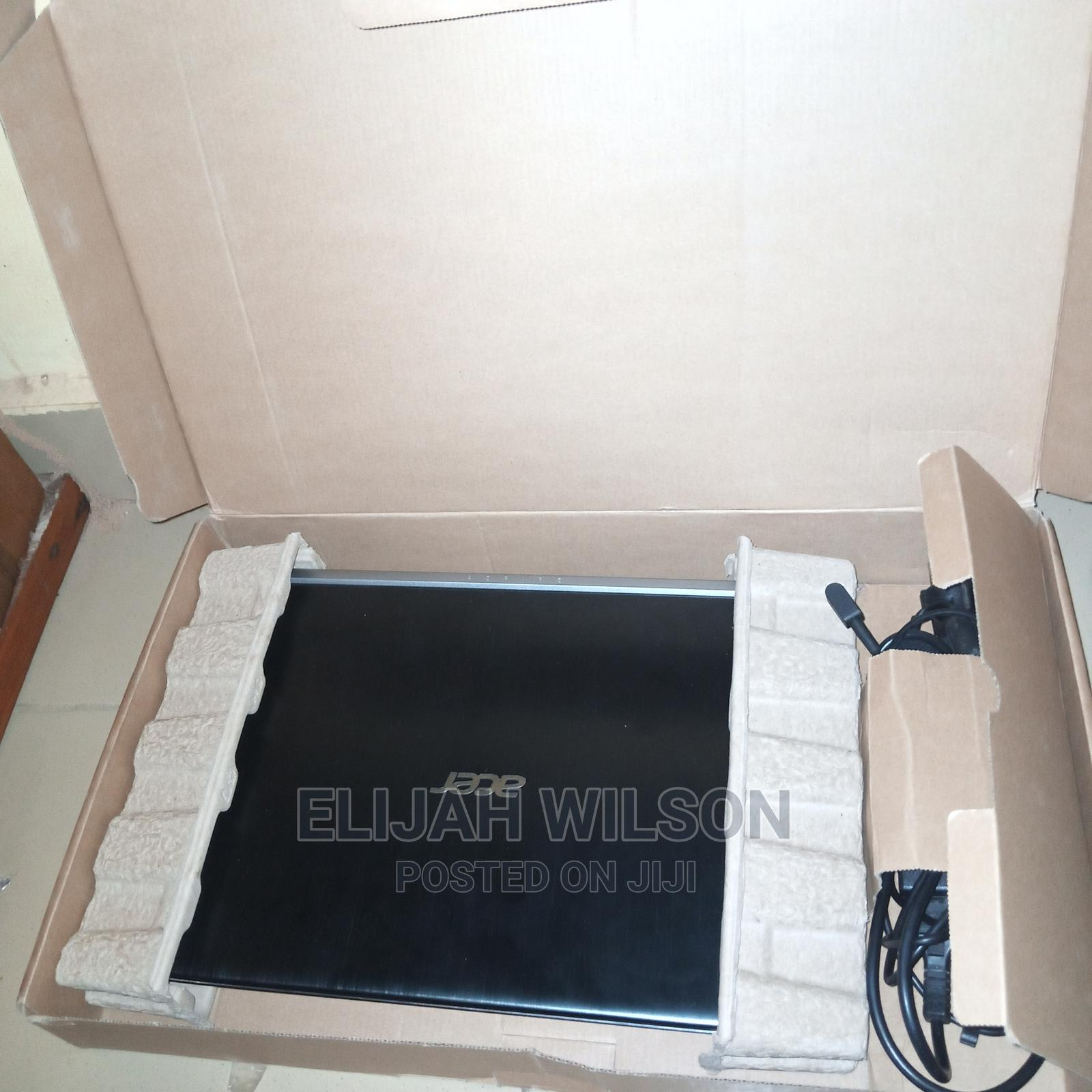 Archive: Laptop Acer Aspire A715 71G 8GB Intel Core I5 HDD 1T