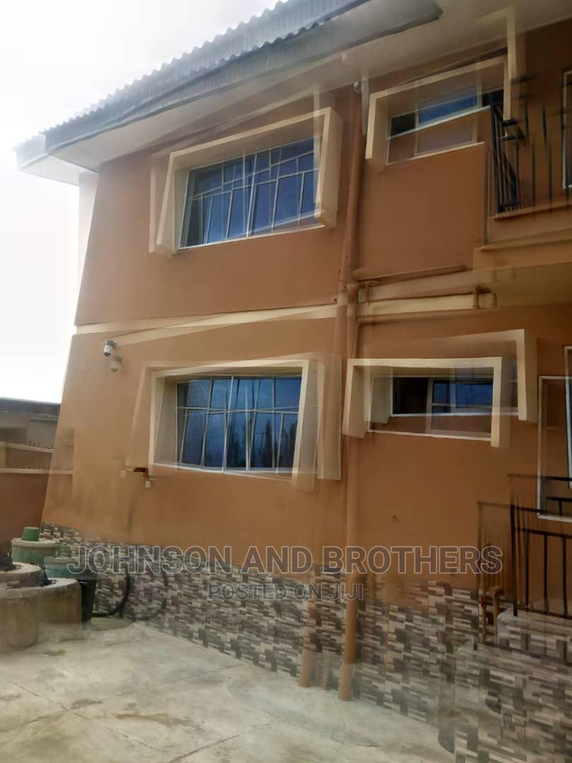 Archive: Furnished 3bdrm Block of Flats in Oluwo Nla, Ibadan for Rent
