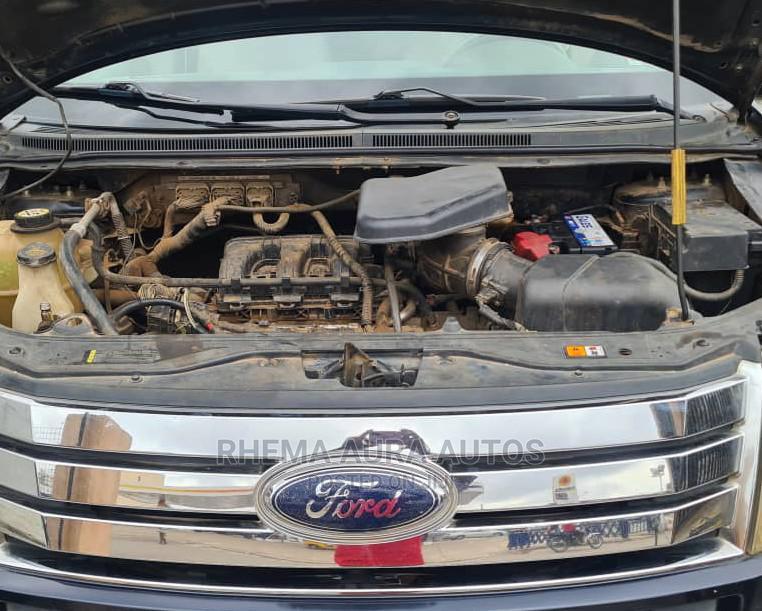 Archive: Ford Edge 2009 Black
