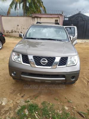 Nissan Pathfinder 2006 LE 4x4 Brown | Cars for sale in Lagos State, Alimosho