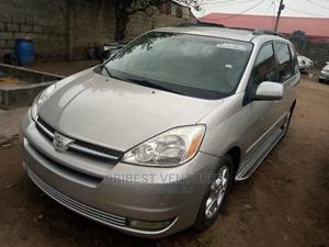 Toyota Sienna 2005 XLE Limited Gold   Cars for sale in Lagos State, Isolo