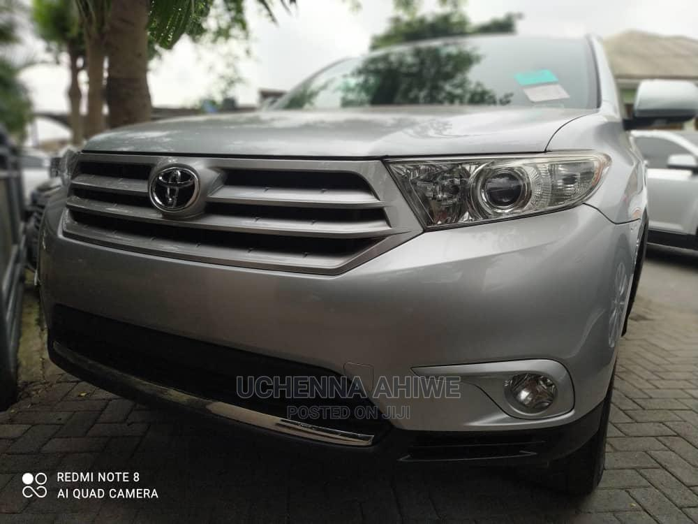 Toyota Highlander 2013 Limited 3.5L 2WD Silver   Cars for sale in Surulere, Lagos State, Nigeria