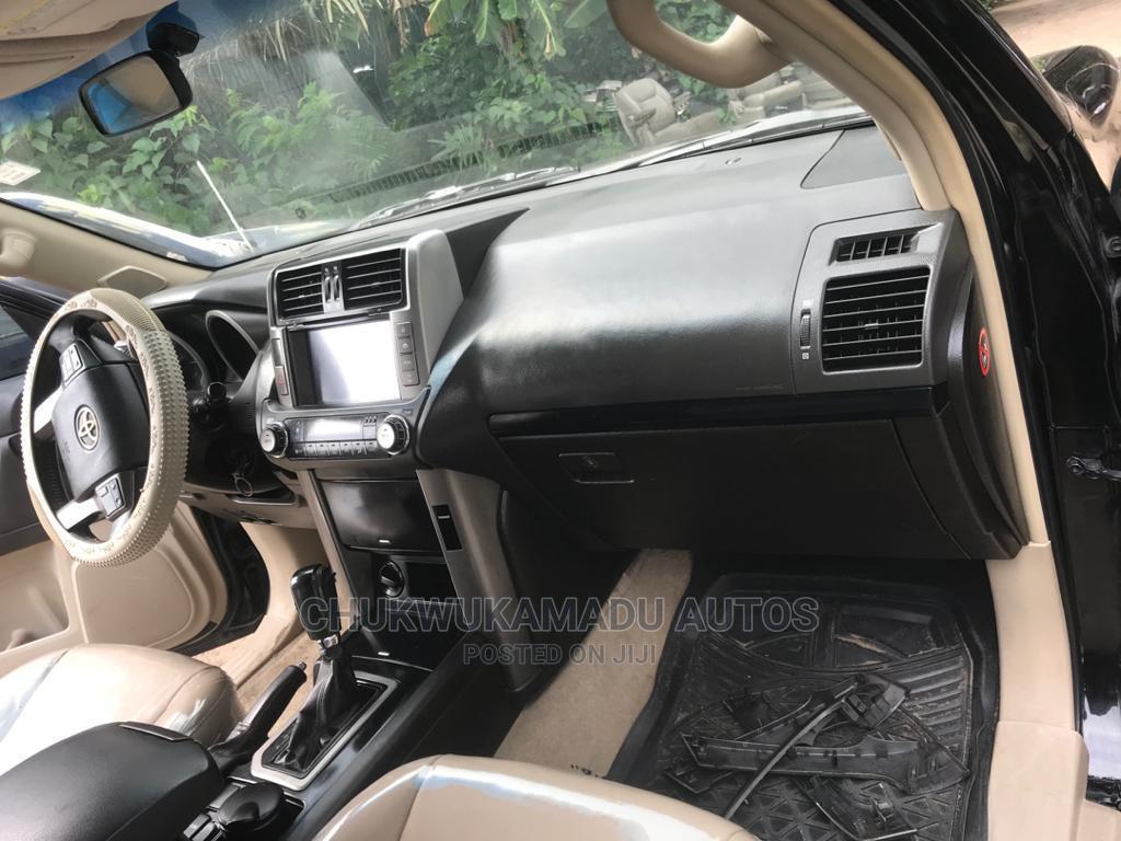 Archive: Toyota Land Cruiser Prado 2011 Black
