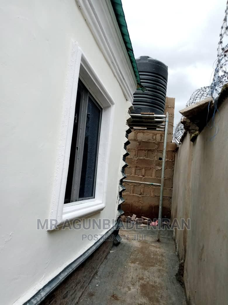 Archive: Furnished 3bdrm Bungalow in Hope Street Alakia for Sale