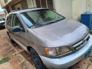 Toyota Sienna 2002 Silver | Cars for sale in Ondo State, Akure