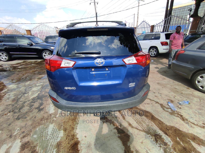 Archive: Toyota RAV4 2014 Blue