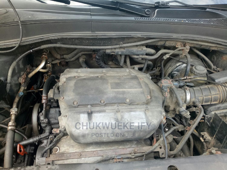 Archive: Honda Pilot 2005 EX 4x4 (3.5L 6cyl 5A)