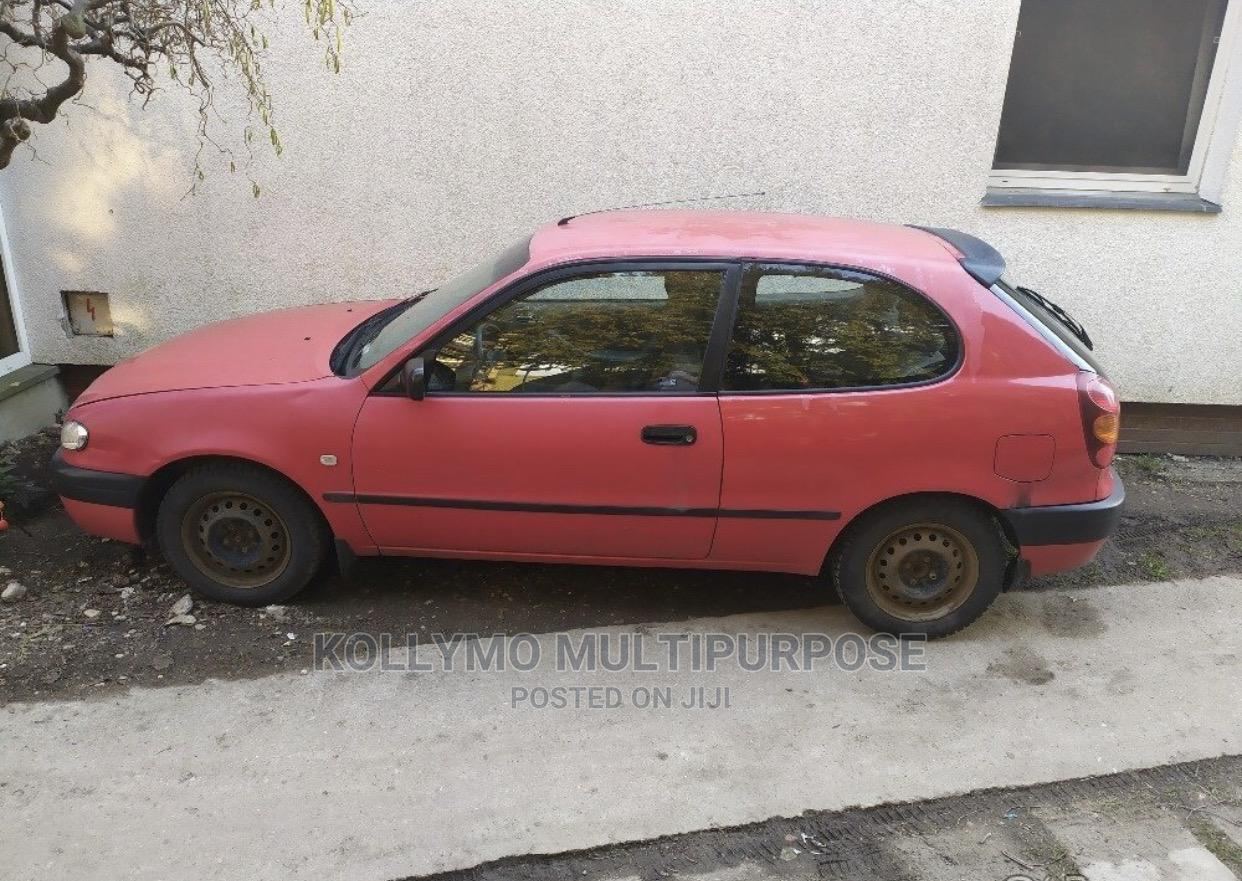 Archive: Toyota Corolla 1999 Hatchback Red