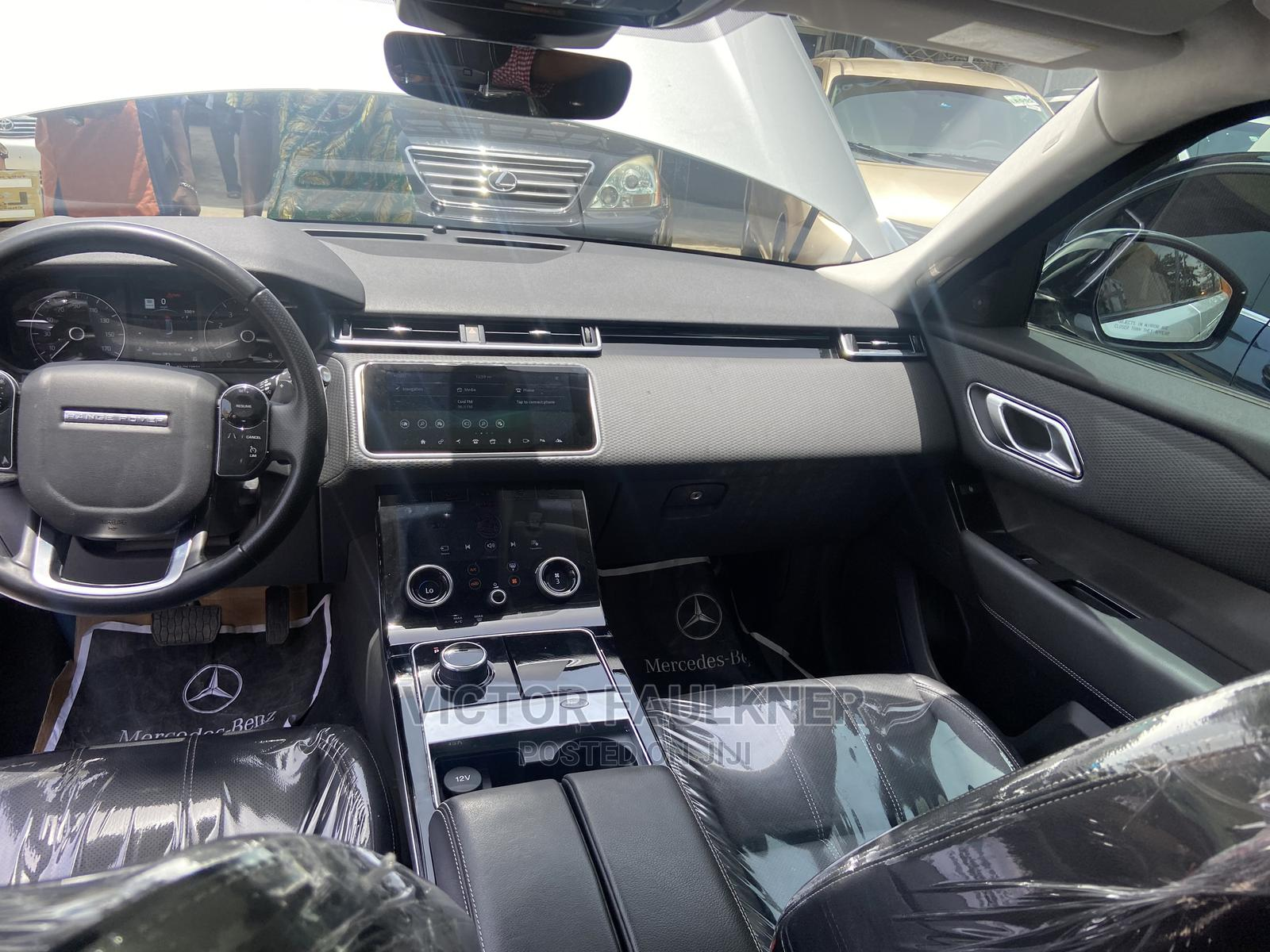 Archive: Land Rover Range Rover Velar 2018 D180 HSE R-Dynamic 4x4 Silver