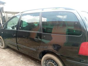Volkswagen Sharan 2003 Automatic Black   Cars for sale in Lagos State, Abule Egba