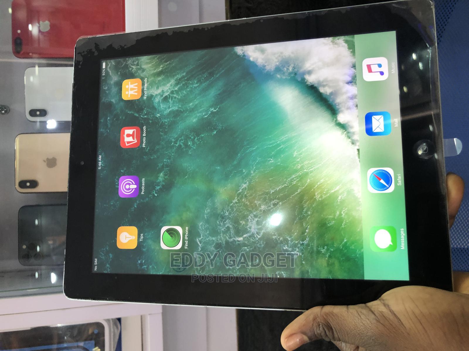 Apple iPad 4 Wi-Fi + Cellular 16 GB Silver