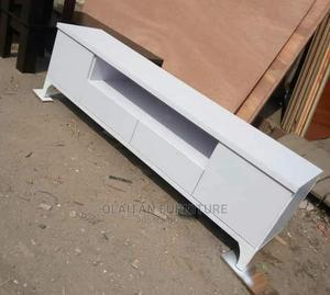 60inchestv Shelves | Furniture for sale in Lagos State, Oshodi
