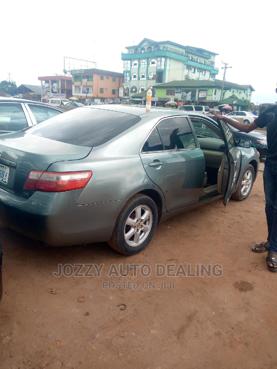Archive: Toyota Camry 2007 Green