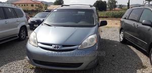 Toyota Sienna 2005 LE AWD Blue | Cars for sale in Abuja (FCT) State, Kubwa