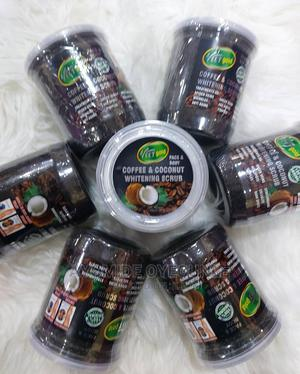 Veet Gold Coffee and Coconut Whitening Scrub 500ml   Skin Care for sale in Lagos State, Surulere