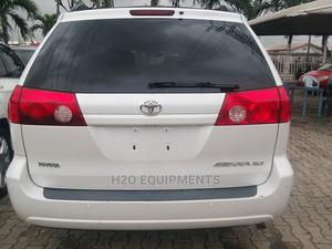 Toyota Sienna 2008 XLE White   Cars for sale in Lagos State, Ajah