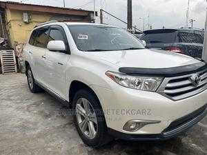 Toyota Highlander 2013 Limited 3.5l 4WD White | Cars for sale in Lagos State, Surulere