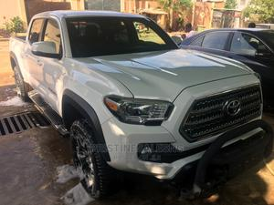 Toyota Tacoma 2017 TRD Off Road White | Cars for sale in Lagos State, Isolo