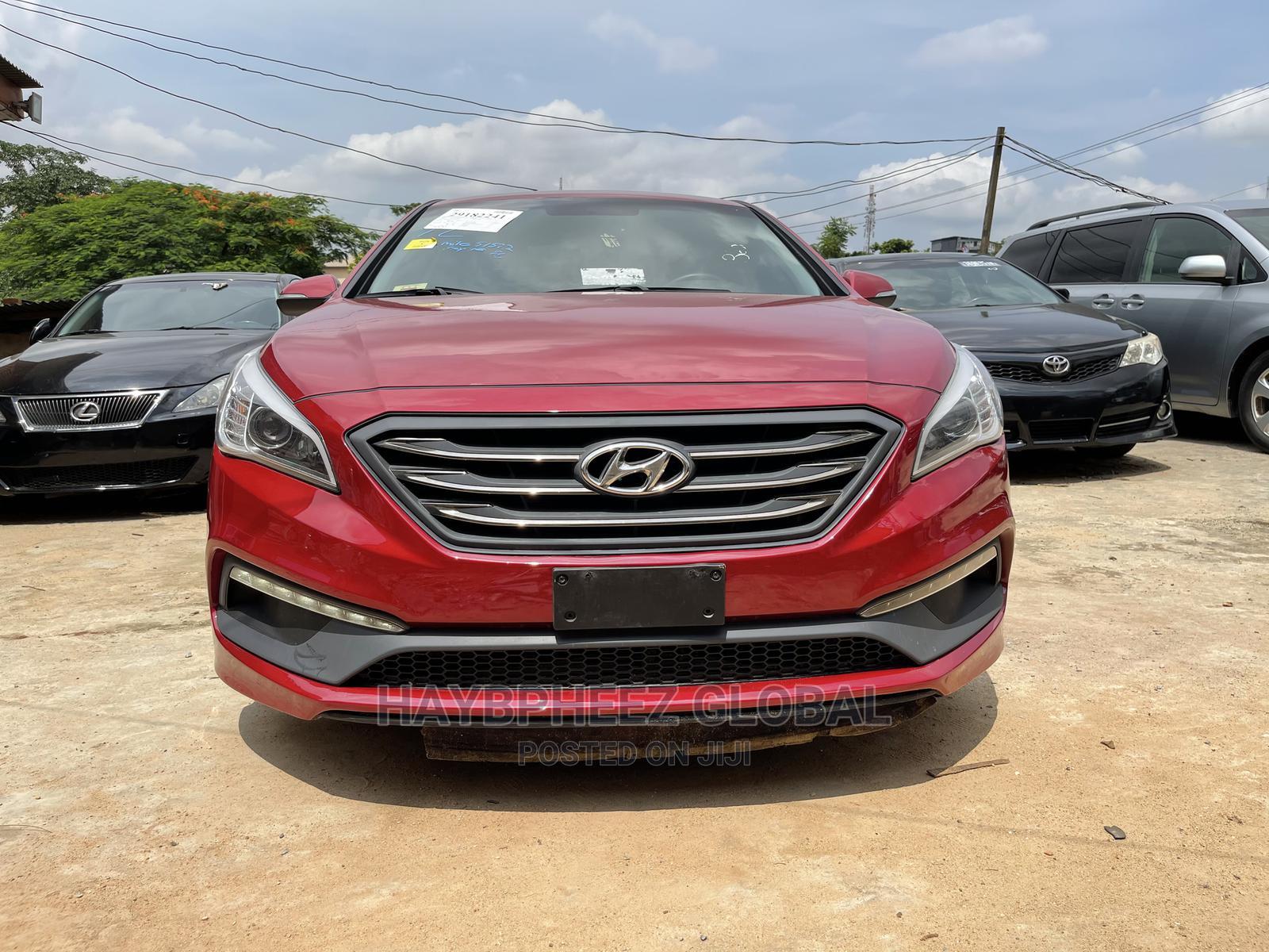 Hyundai Sonata 2016 Red