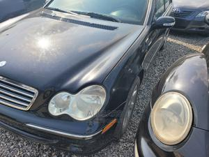 Mercedes-Benz C280 2006 Blue | Cars for sale in Lagos State, Yaba