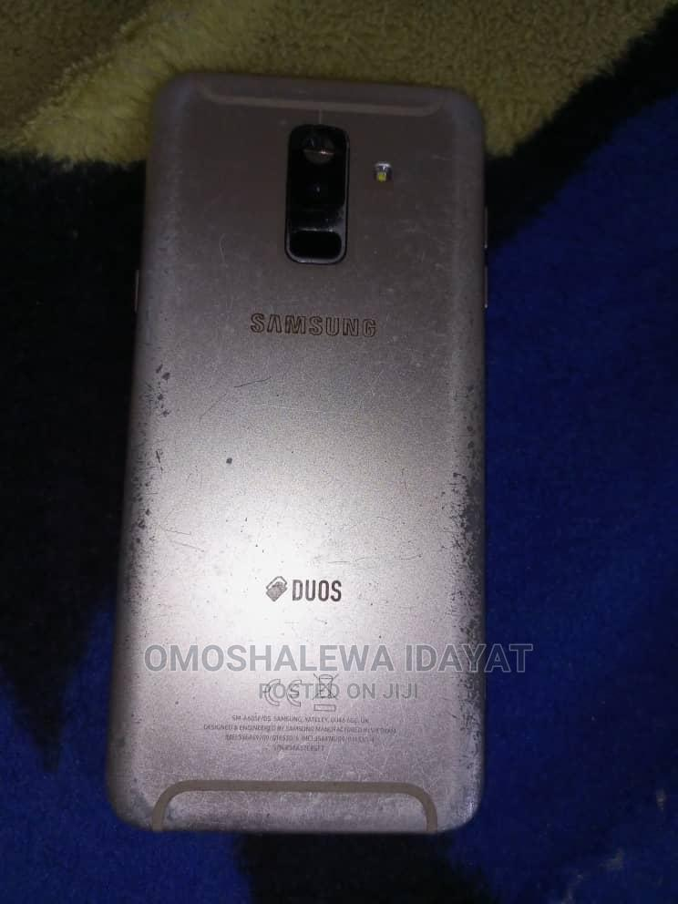 Archive: Samsung Galaxy A6 Plus 32 GB Gold