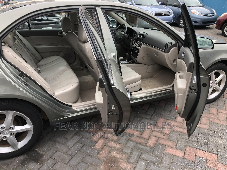 Archive: Hyundai Sonata 2008 3.3 V6 GLS Green
