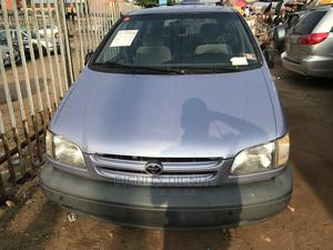 Toyota Sienna 2000 LE & 1 Hatch | Cars for sale in Lagos State, Ikorodu