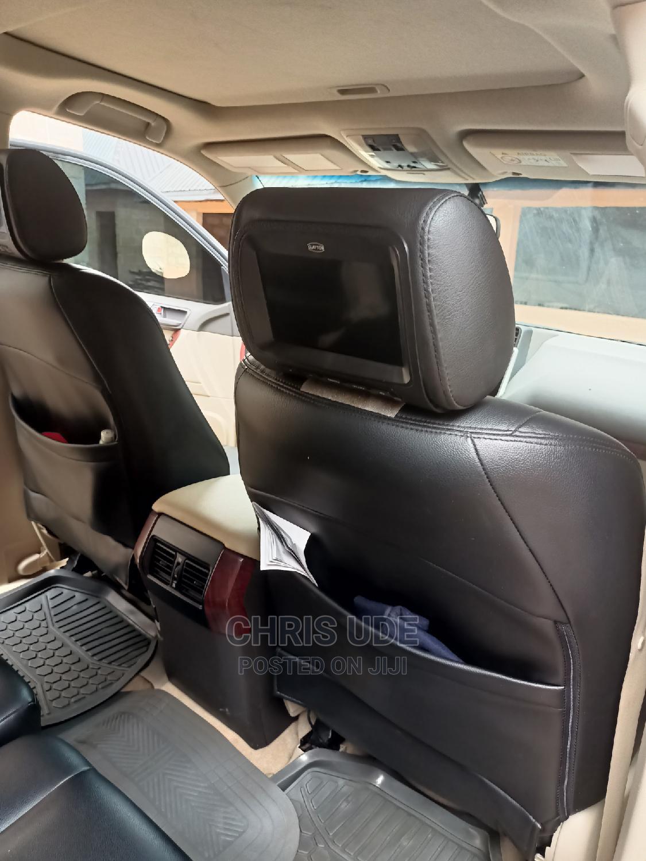 Archive: Toyota Land Cruiser Prado 2018 Black
