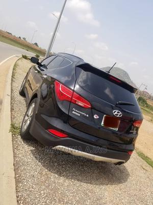 Hyundai Santa Fe 2014 Black   Cars for sale in Abuja (FCT) State, Kubwa