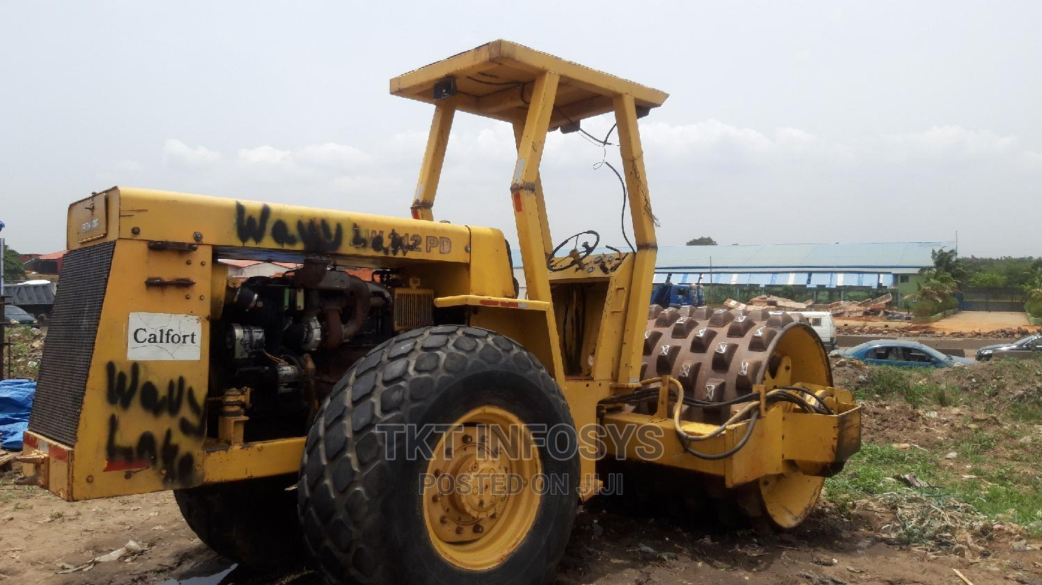 BOMAG BW 212 PD Compactor Roller