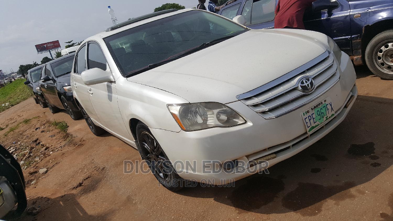 Archive: Toyota Avalon 2008 White