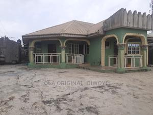 2bdrm Block of Flats in Olugbuwa Estate, Ebute for Rent | Houses & Apartments For Rent for sale in Ikorodu, Ebute