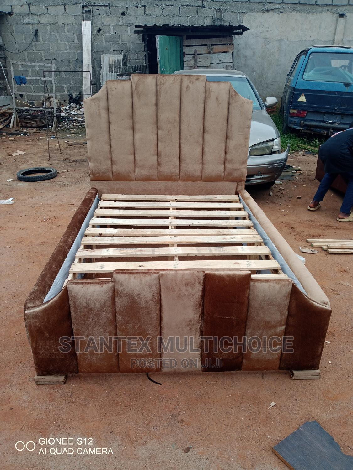 Royal Upholstery Bedframe 41⁄2by6