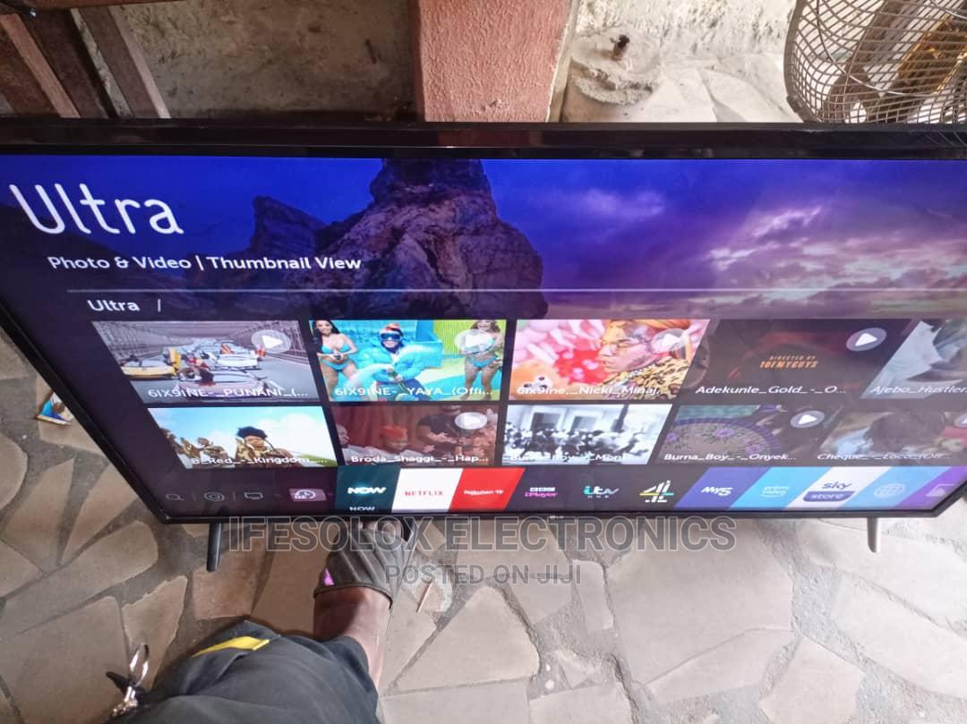 49/50 Inch LG Smart 4K UHD LED TV - London Used   TV & DVD Equipment for sale in Ojo, Lagos State, Nigeria